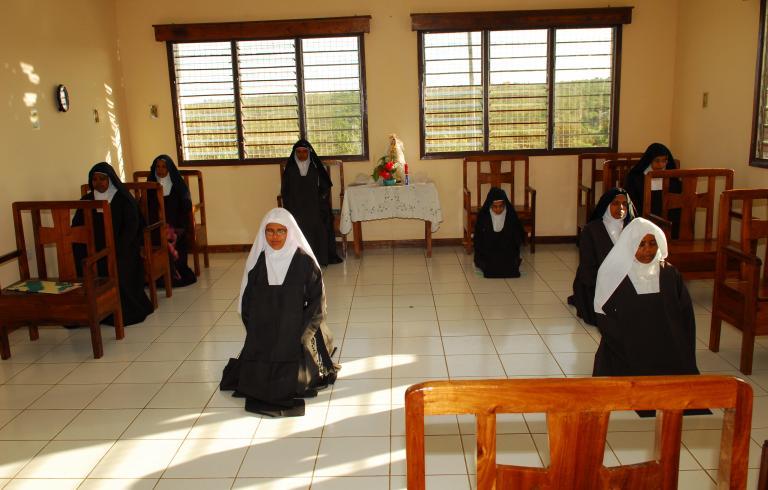 Sisters of the Bunda Carmel